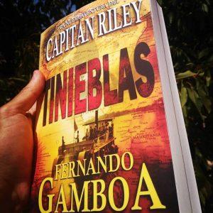 Tinieblas de Fernando Gamboa