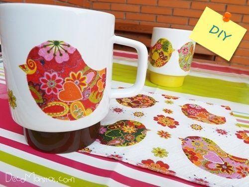 Decoupage-con-servilletas-de-papel-cómo-decorar-tazas